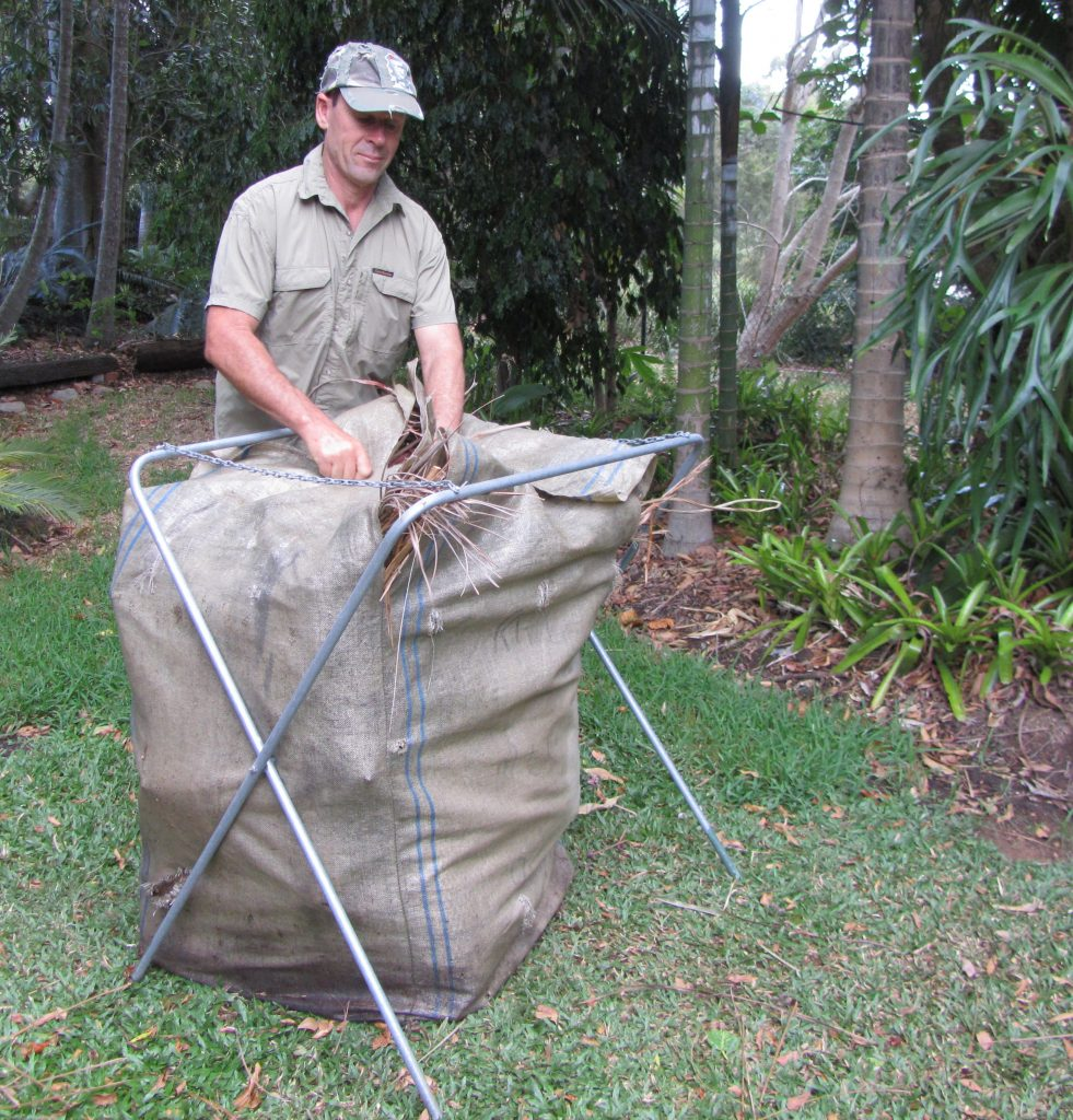 6-garden-bag-the-rubbish-removers-collection